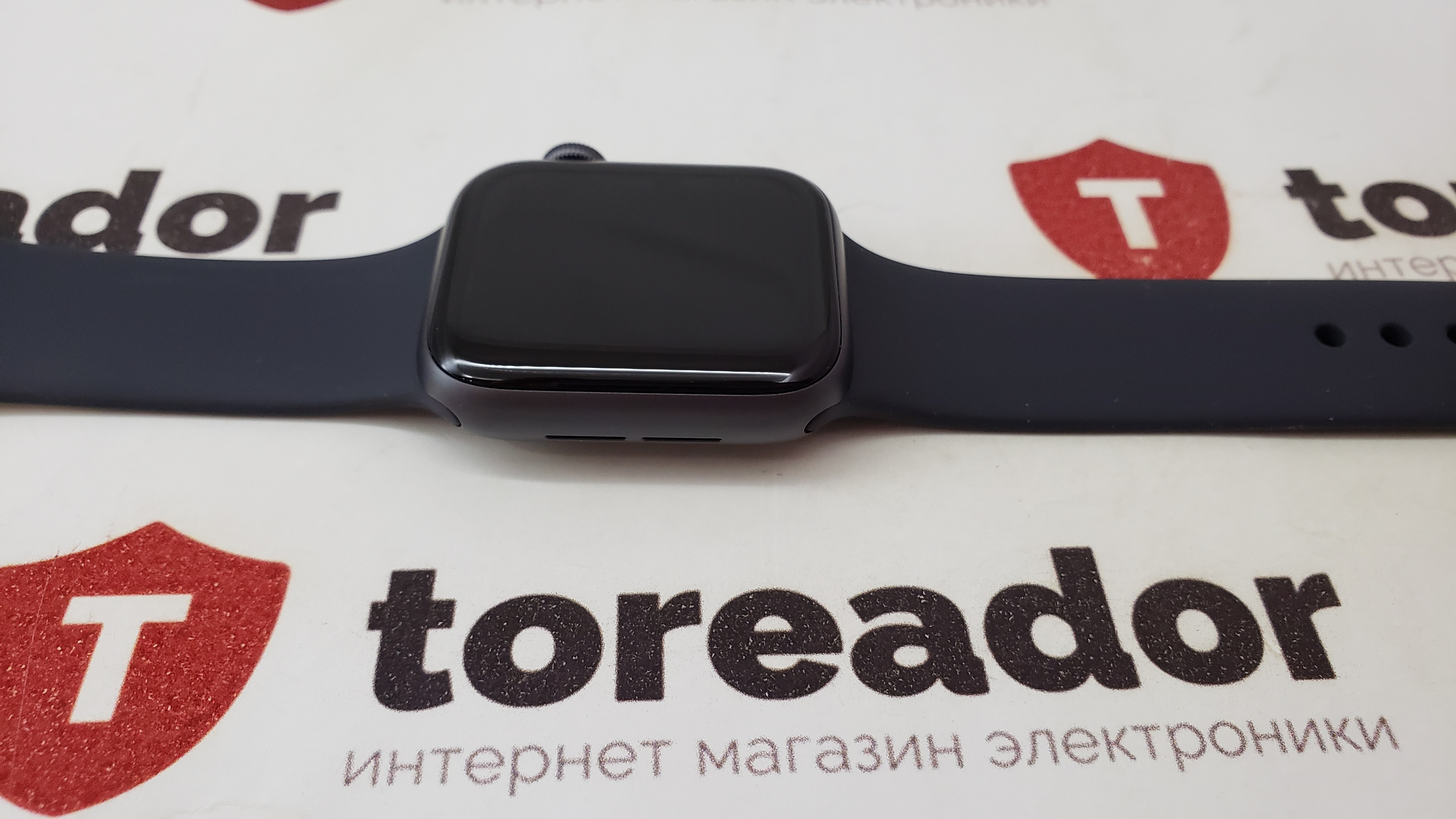 Смарт-часы Apple Watch Series 4 GPS 40mm Space Gray Aluminum Case with Black Sport Loop Без Коробки фото 5